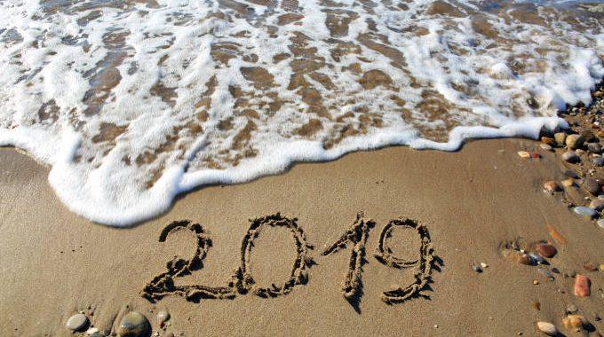 New-year-2019-written-in-sand